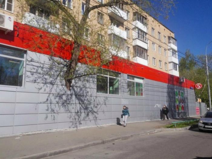 По мнению Novate.ru, это самый экологичный супермаркет! | Фото: homad.ru.