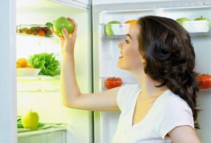 Контроль влаги в холодильнике.