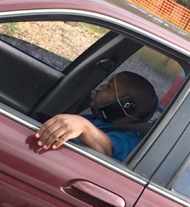«Автомобильная гарнитура» для мобильного.