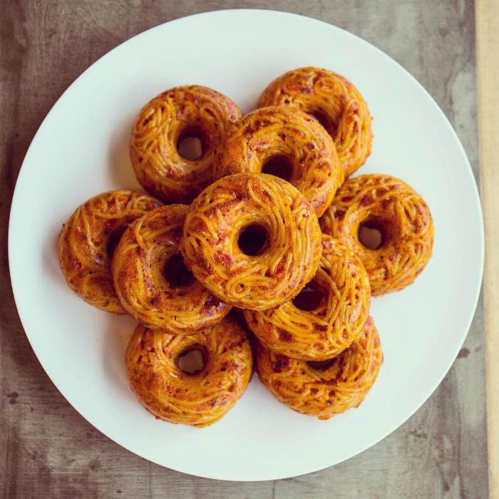 Гибрид пончика и спагетти.