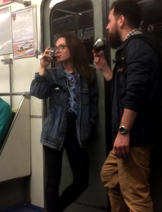 Аристократы в метро. | Фото: Spoki.