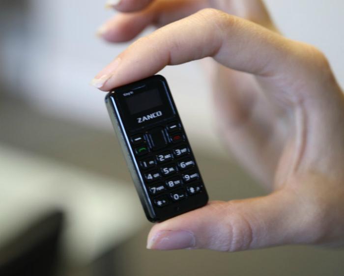 Миниатюрный телефон.