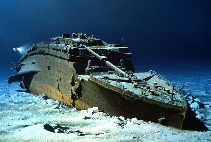 Титаник на дне Атлантического океана.