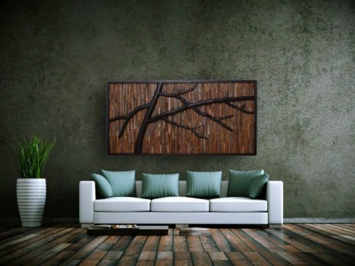Простая, но элегантная картина из деревянных досок разного оттенка.