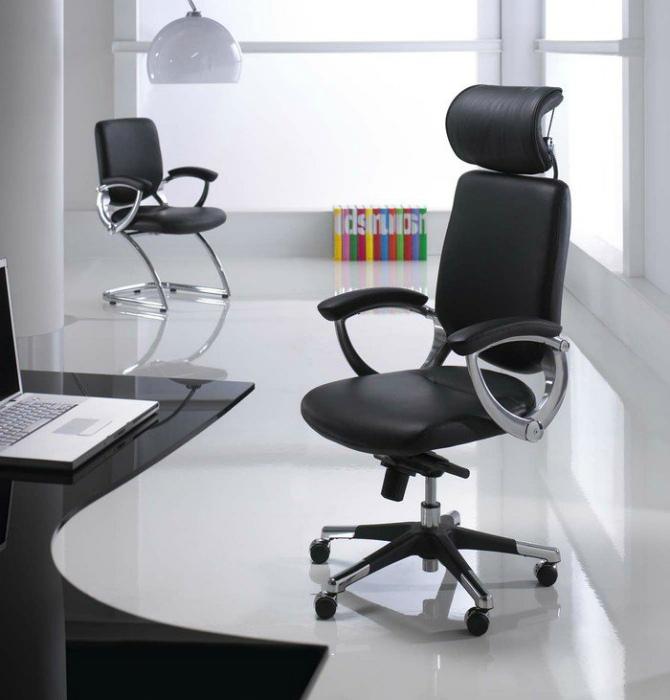 Компьютерное или офисное кресло. | Фото: MyHome.ru.