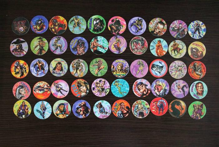 Коллекция фишек - предмет гордости и главный атрибут азартных игр всех мальчишек.