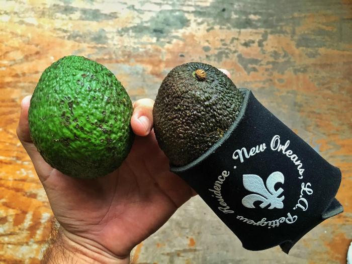 Чтобы авокадо доспело.| Фото: Imgur.