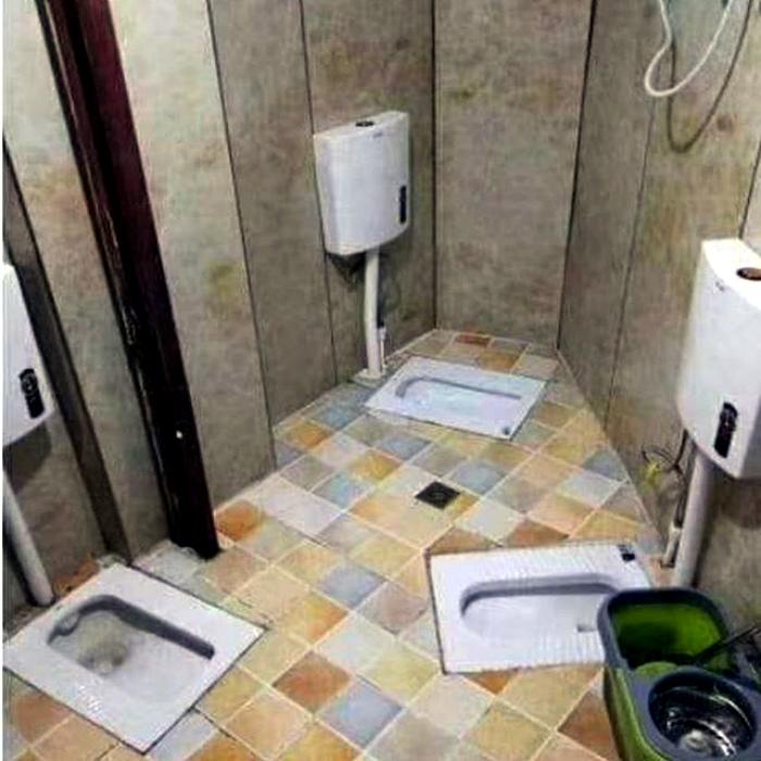 Необычная компоновка общественного туалета. | Фото: Taringa!
