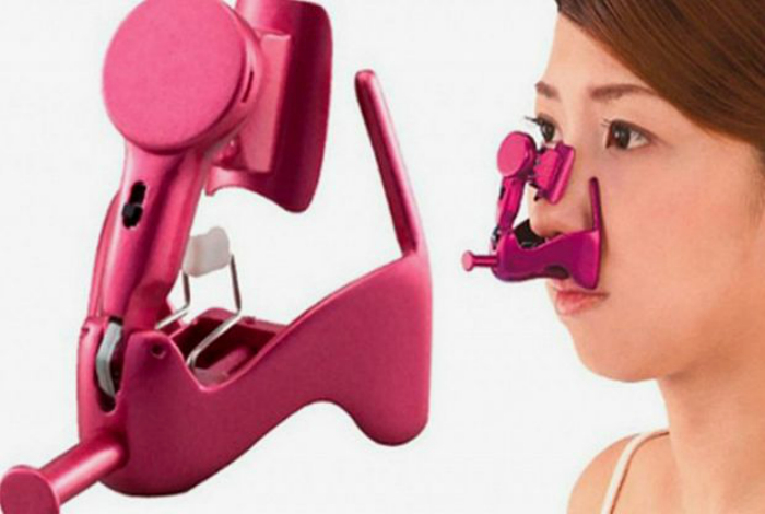 Beauty Lift High Nose Electric - приспособление, которое поможет приподнять кончик носа с помощью слабых электрических импульсов.