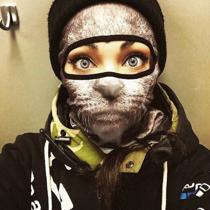 Теплая лыжная маска с 3D изображением кошачьей морды.