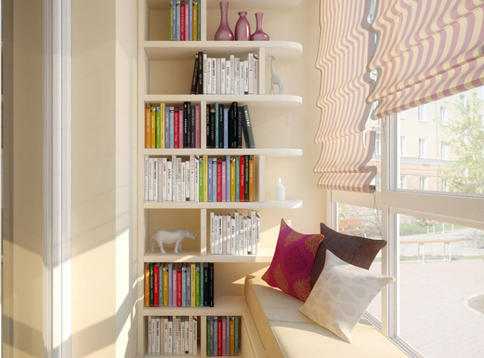 Уютное место для чтения на балконе.