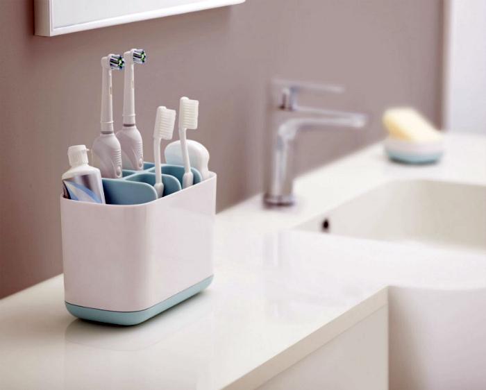 Стакан для зубных щеток. | Фото: КОНТ.