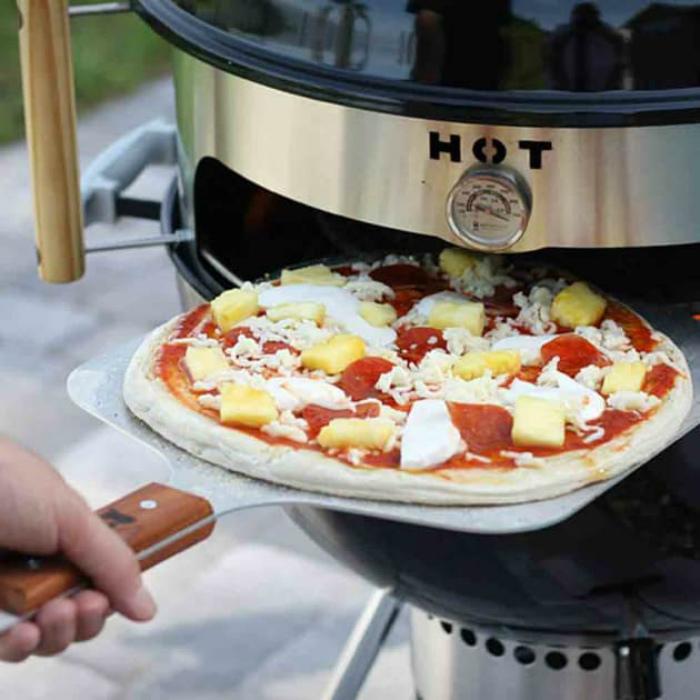 Мобильная печь для пиццы. | Фото: Amazcy.
