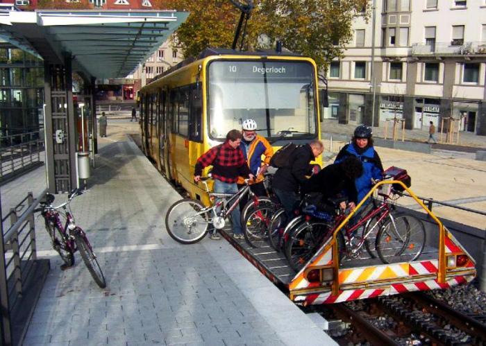 Платформа для велосипедистов. | Фото: Radio4.GR.