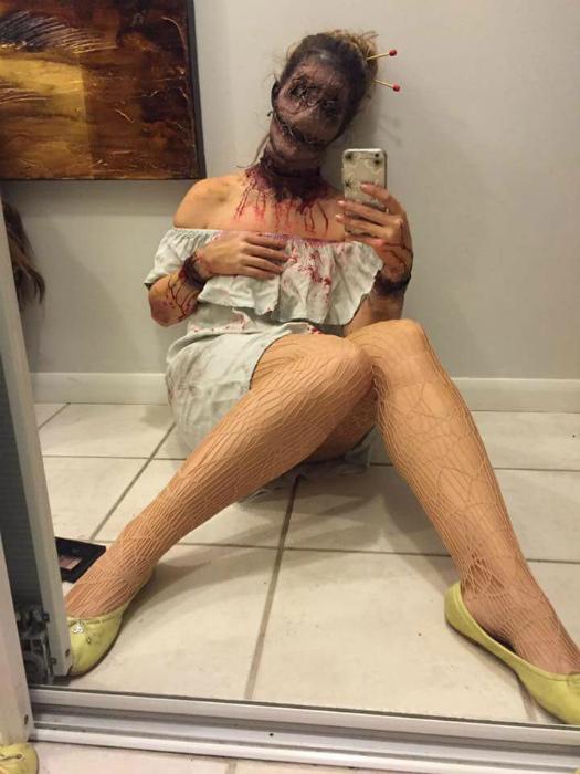 Пугающий костюм.