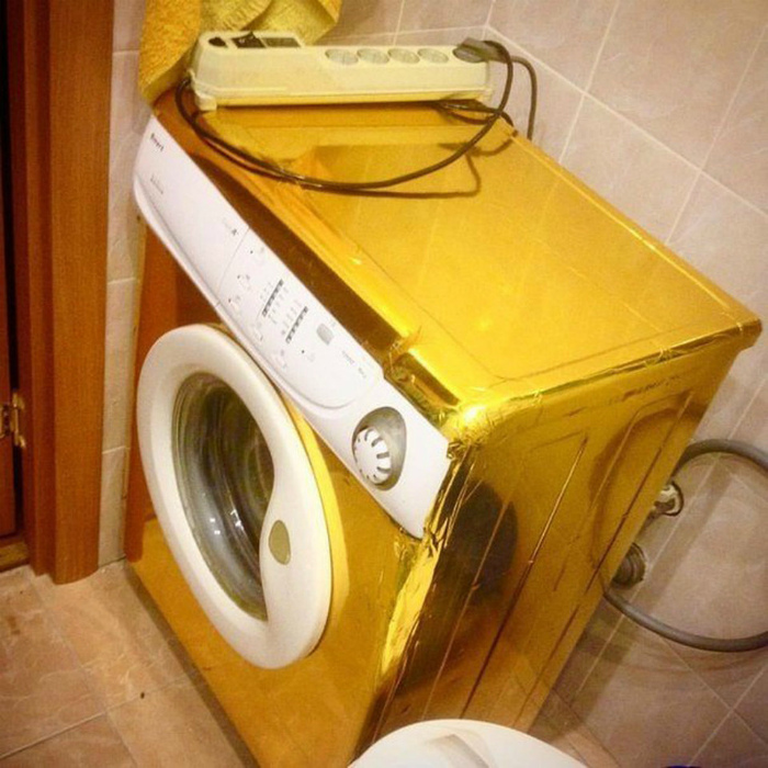 Золотая стиральная машинка.