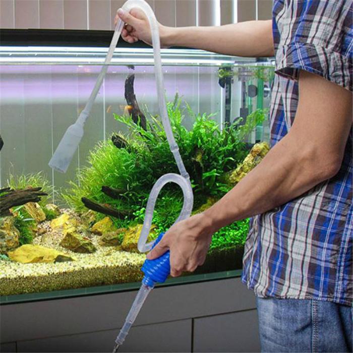Вода из аквариума.