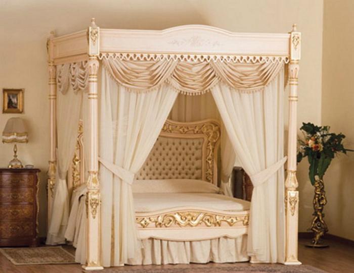 Кровать,