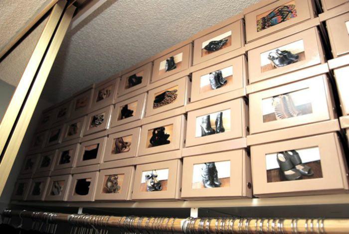 Коробки с маркировкой. | Фото: Pinterest.