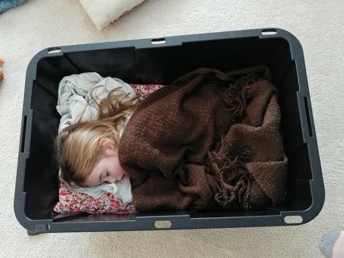 По мнению Novate.ru, дети - самые уставшие люди на Земле. | Фото: Тролльно.