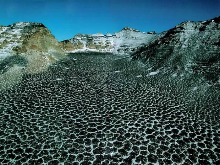 Самая сухая пустыня на Земле, где не было осадков уже два миллиона лет.
