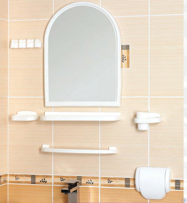 Пластиковый комплект для ванны. | Фото: Политекс.