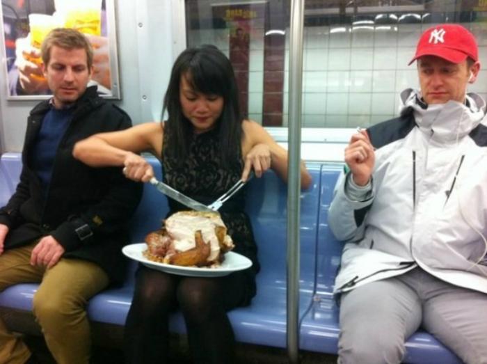 Обед в вагоне.
