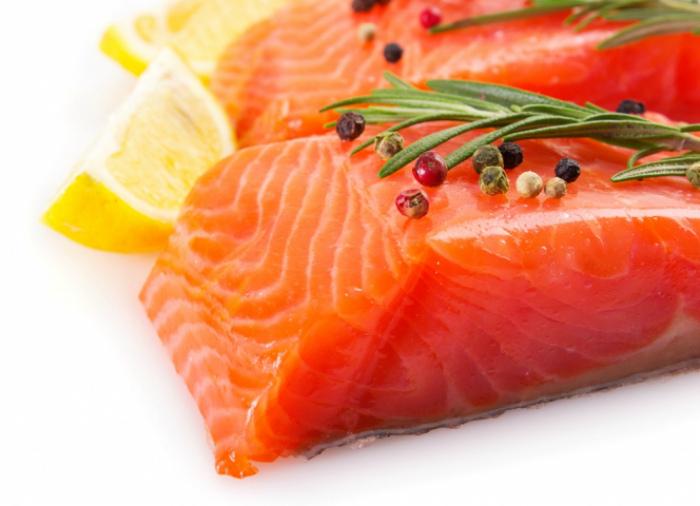 Красная рыба - источник Омега-3.