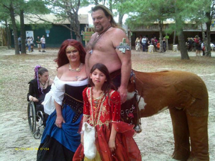 Сказочна семейка.