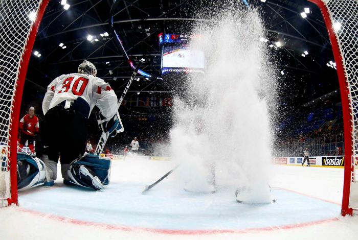 Эффектный хоккей. | Фото: kalaputski.ru.