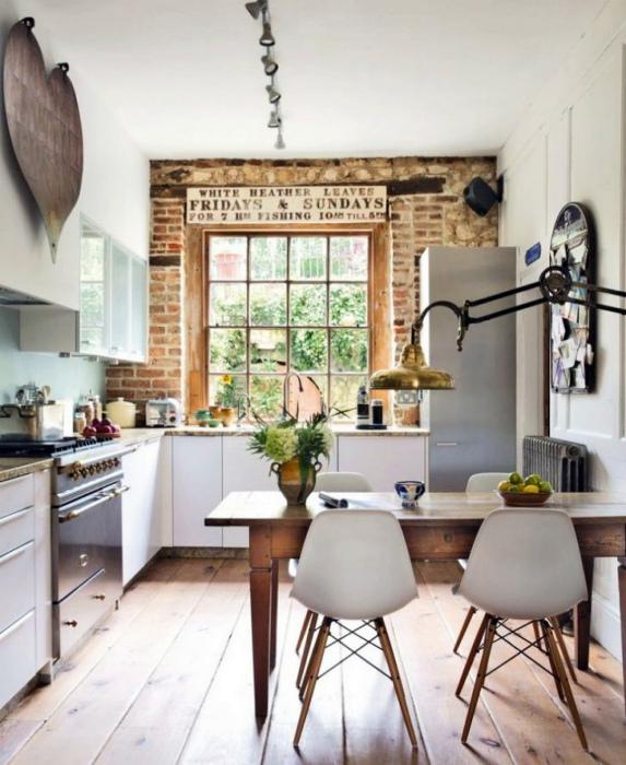Очаровательная кухня с элементами скандинавского стиля.