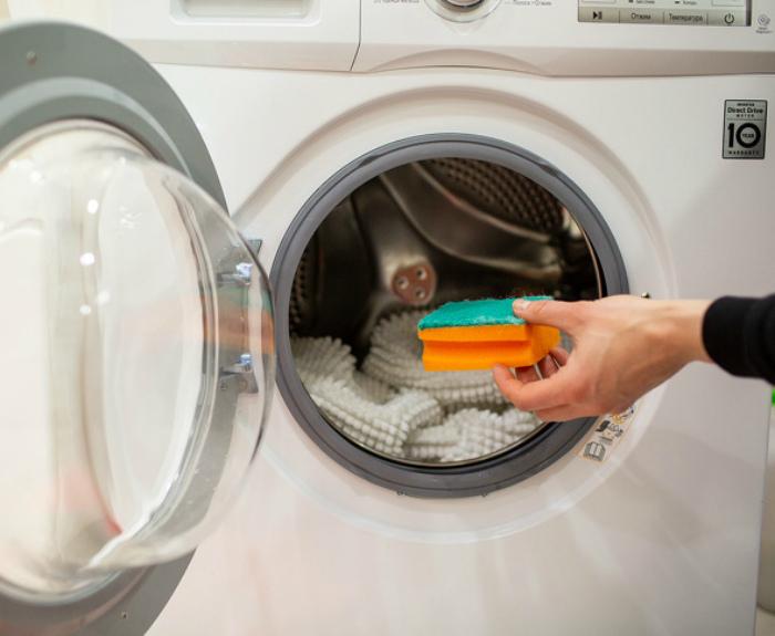 Смягчитель и ароматизатор для белья. | Фото: fb.ru.