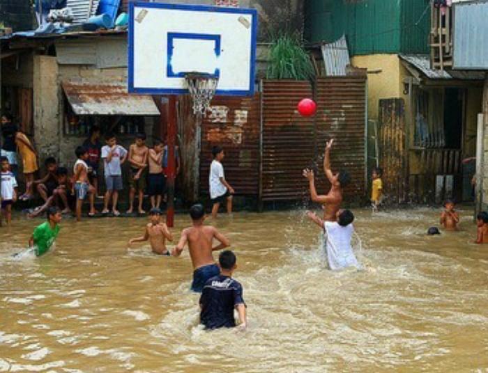 Водный баскетбол.