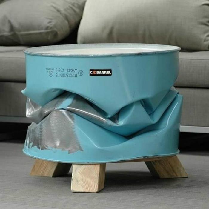 Креативный кофейный столик.