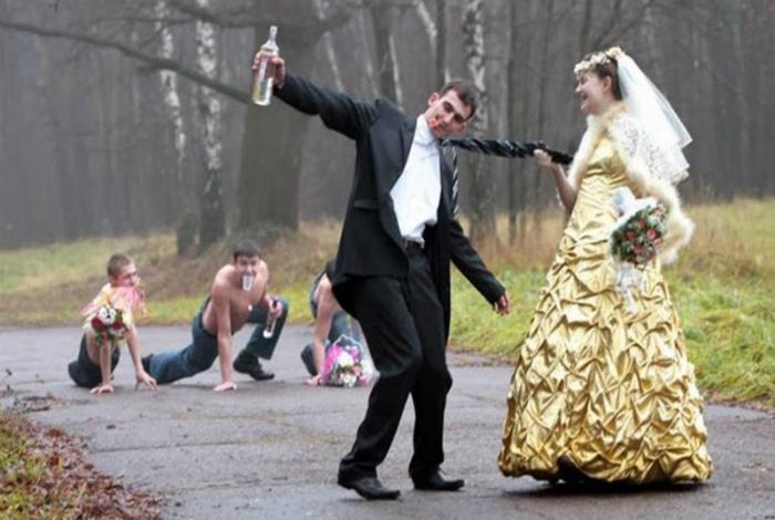 А мужик-то поди, пьяница. | Фото: Ideal.