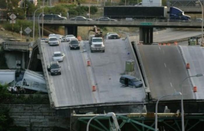 Из-за устаревшей конструкции часть моста автострады разрушилась в час пик, в результате чего несколько машин съехали в реку Миссисипи. 13 человек погибло еще 145 получили ранения.