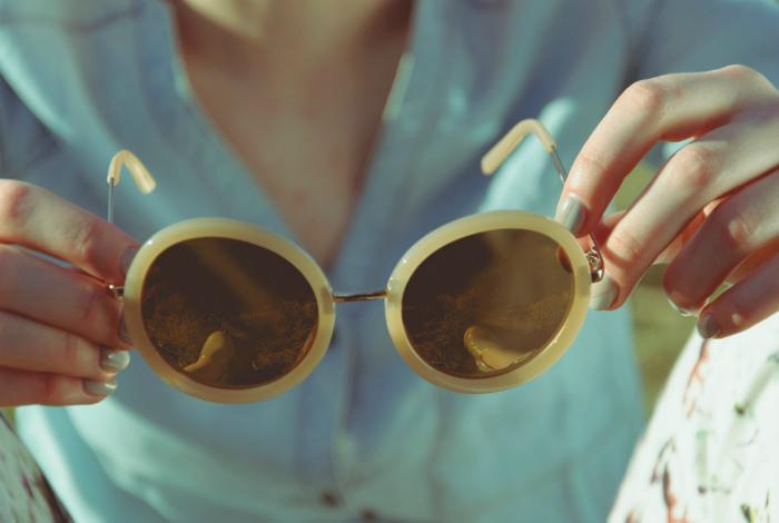 Хорошие солнцезащитные очки. | Фото: Ivona - bigmir)net.