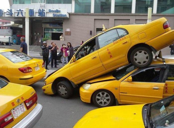 Такси притягивает такси.