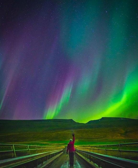 Ничего необычного, просто северное сияние. | Фото: БУГАГА.