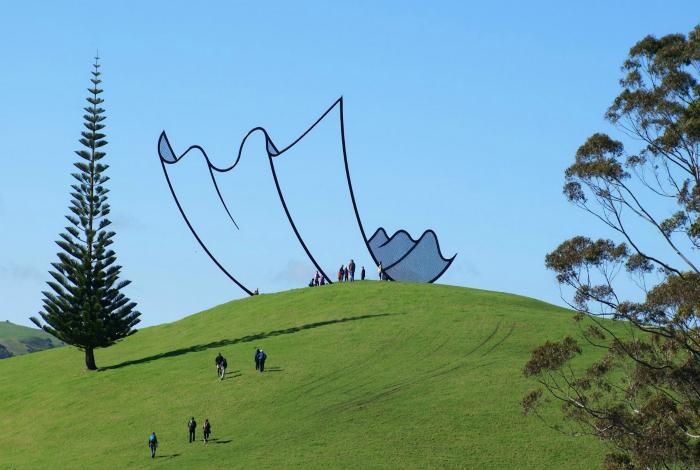 Мультяшная скульптура в Новой Зеландии.