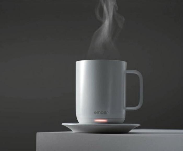 Чашка с подогревом. | Фото: Тролльно.