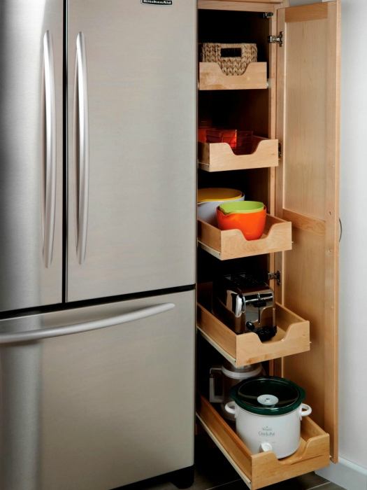 Узкий шкафчик. | Фото: Kitchen Cabinet.