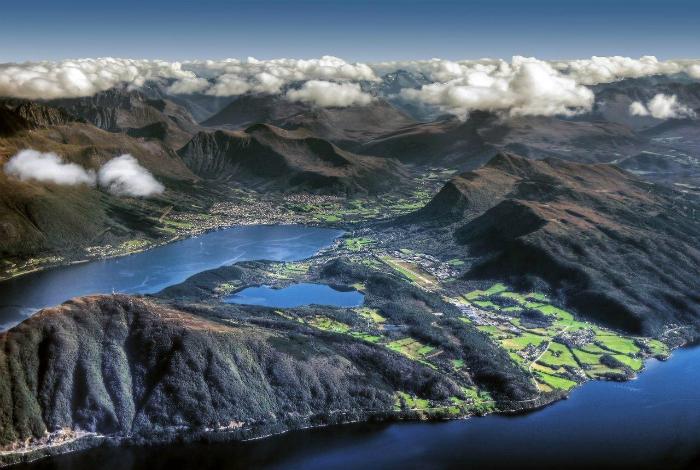 Восхитительные пейзажи Норвегии. Фотограф: Мариуш Клужняк.