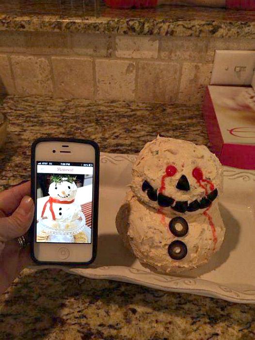 Зловещий снеговик.