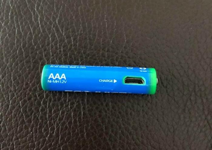 Аккумуляторная USB-батарейка.