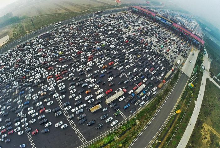 Загруженные дороги Китая.