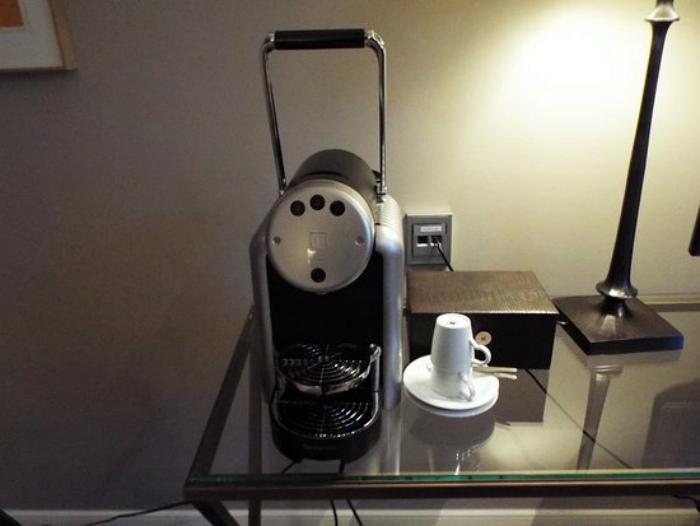 Кофеварка в номере. | Фото: TripAdvisor.