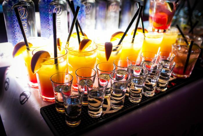 Смешиваете разные виды спиртного. | Фото: stassavenkov - LiveJournal.