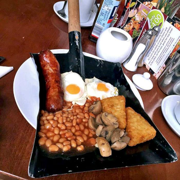 Завтрак на лопате.
