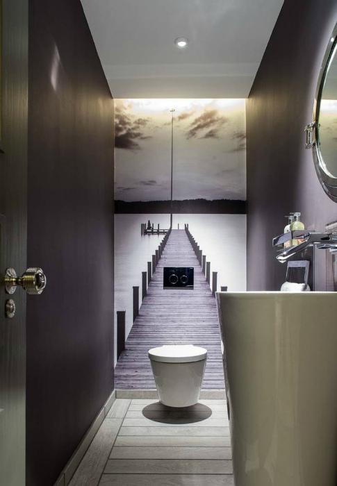 Фотообои в туалете. | Фото: dedishop.co.